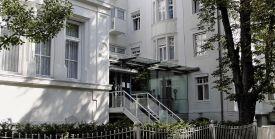 مستشفى أرتميد ميونخ التخصصي، شركة ذ. م. م. وشركائها شركة توصية