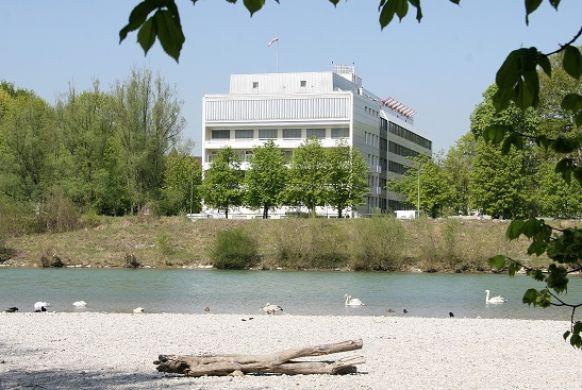 Asst - Stephan Lorenz - Chirurgisches Klinikum Muenchen Sued GmbH & Co. KG