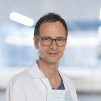 Prof. - Andreas  Raabe - Head and cerebral neurosurgery -